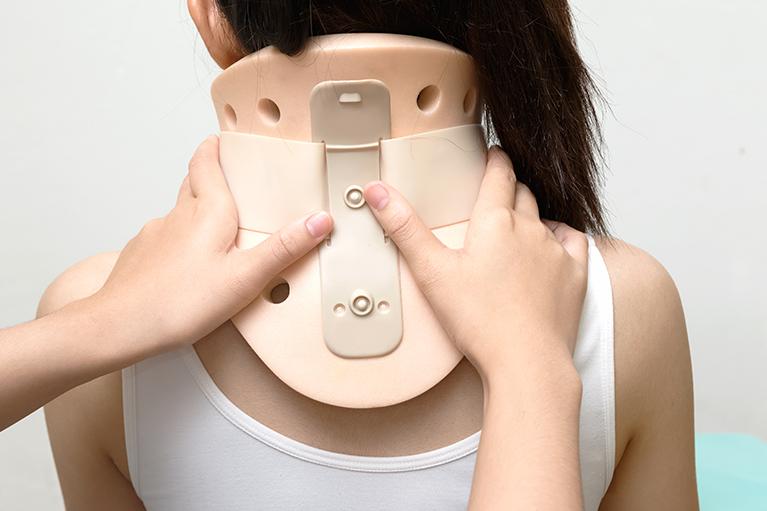 宇都宮市整骨院むちうち症交通事故リハビリ酸素カプセル腰痛