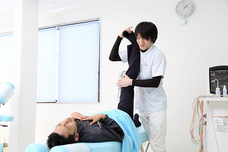 交通事故で生じたケガによる痛み、違和感に対する施術を行っています